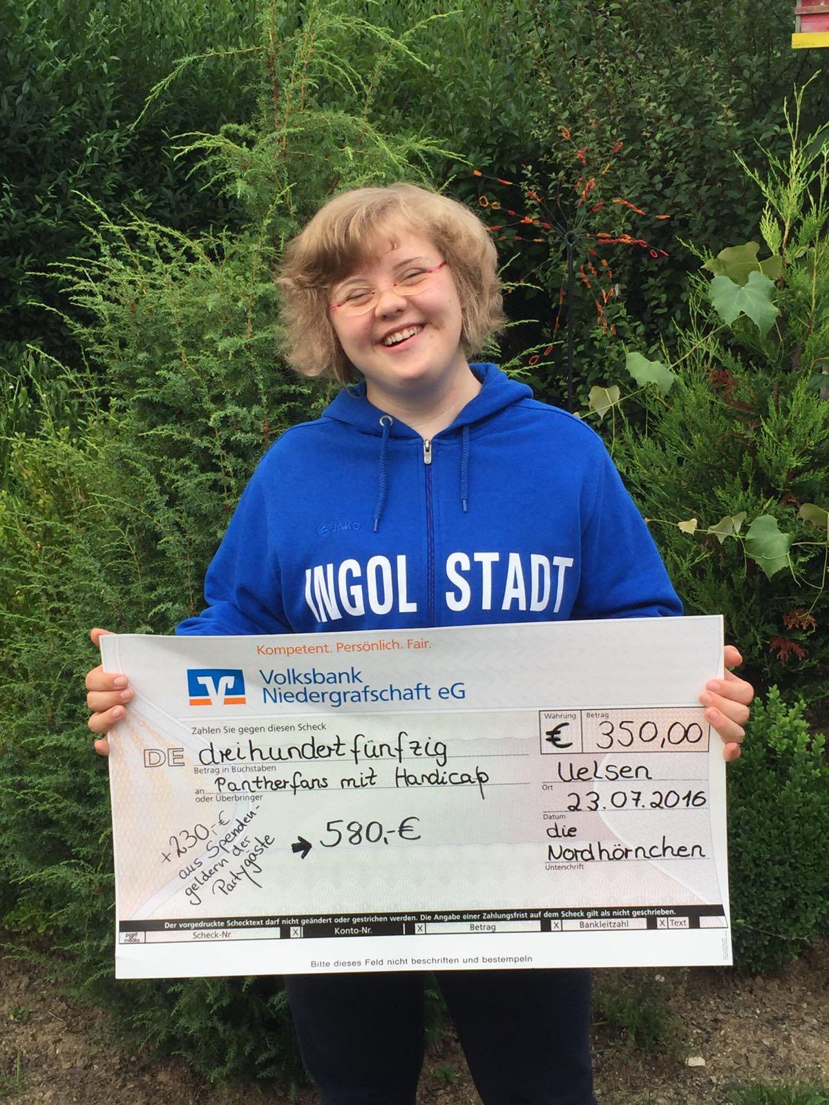 Fünf Jahre Nordhörnchen – 580 € Spende für Pantherfans mit Handicap